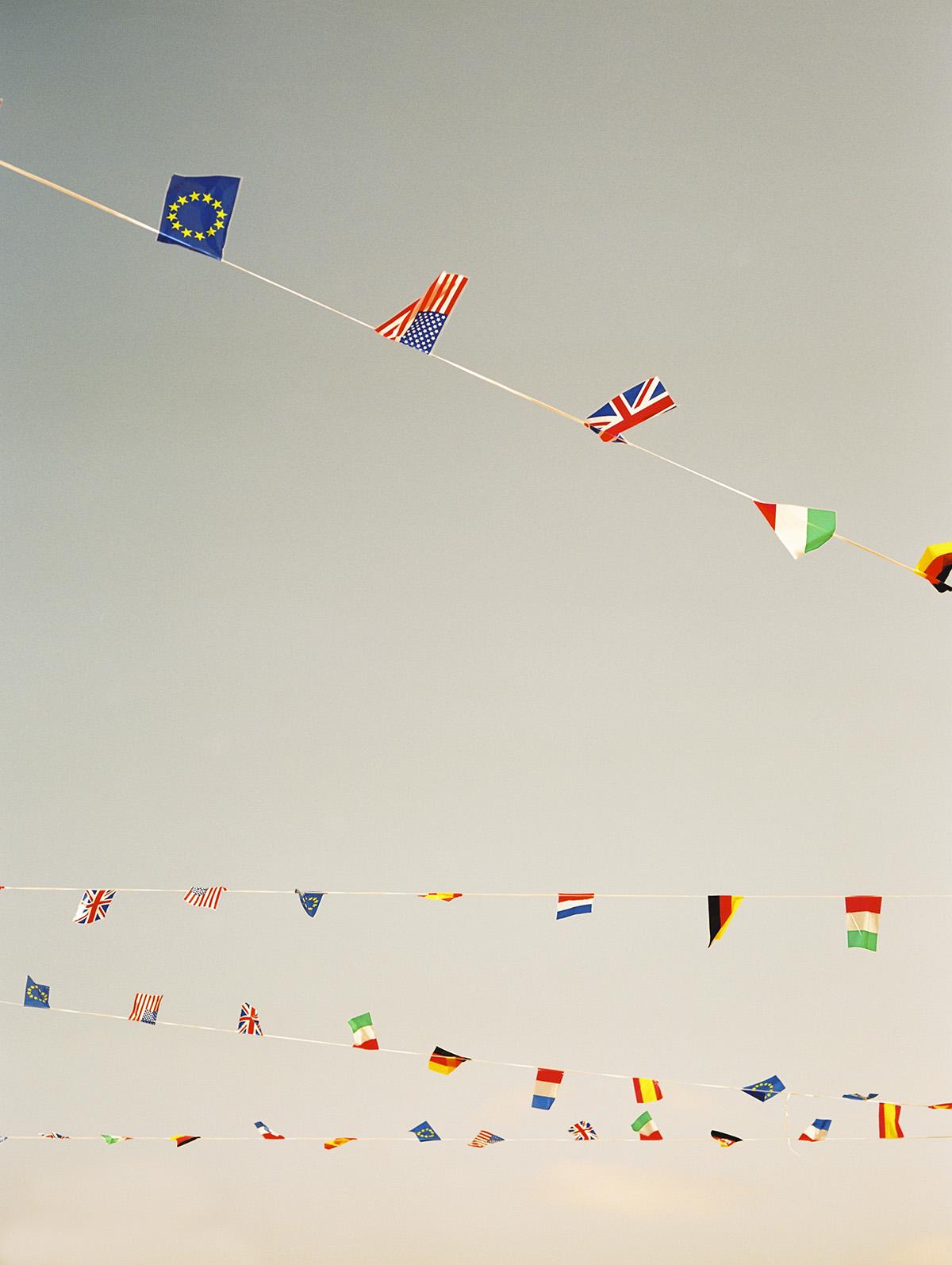 banderas, cielo